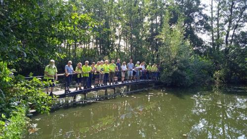 samen op de brug van de Tangkoel